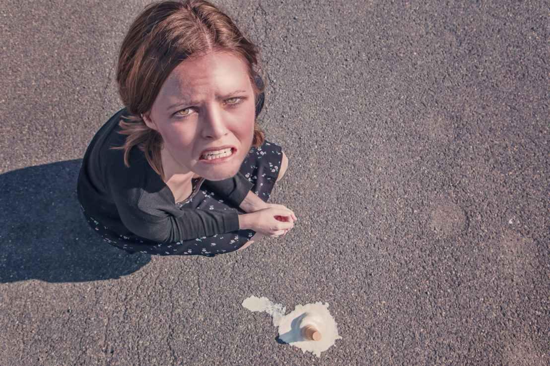 woman dropped fail failure
